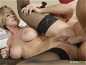 The spouse of Brandi love lets her smash a different dude
