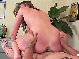 taut Victoria abused