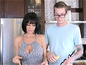 crazy mummy Veronica Avluv boinking her sonnies insatiable mate