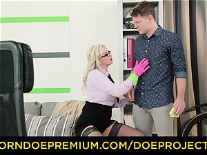 wild tutor - immense hooters mummy instructor tears up college girl