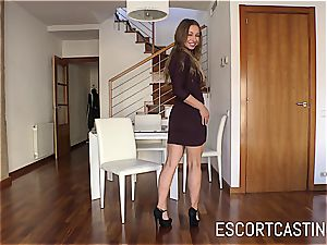 stellar Taylor Sands proves that she can please a guy