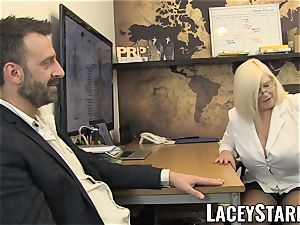 LACEYSTARR - GILF munches Pascal white spunk after fucky-fucky