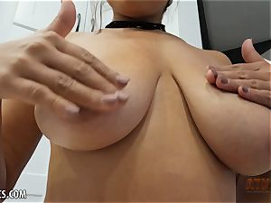Exotic Ella Knox is smoking steaming toying with her fucktoy