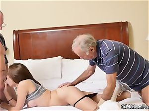 older mom gonzo penetrate first-ever time introducing Dukke
