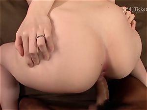 41Ticket - naughty Housewife Yui Saejima