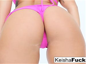 red-hot adult movie star Keisha gets her wet vag poked