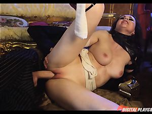 Tina kay has thick fountain on her jaw-dropping uber-cute face from frankenstein