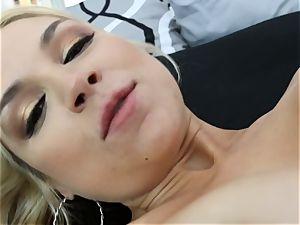 Sarah Vandella gets poked in the donk