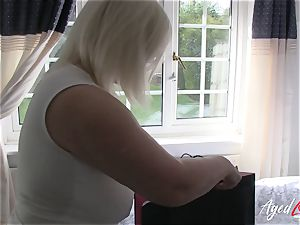 AgedLovE huge-titted Lacey Starr hardcore and fellatio