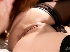 Karlie Montana and her mate grind vulvas
