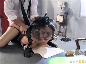 Chanel Preston craves Johnny Sins gigantic fuck-stick
