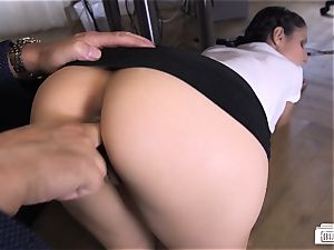 bums Buero - secretary and boss drill in a German office
