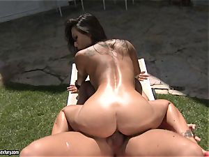 muddy banger Asa Akira loves the softcore action with her lover outdoor