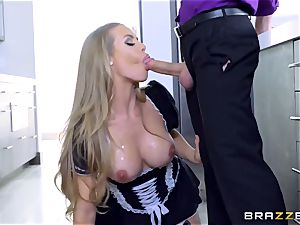 brainy and superb maid Nicole Aniston knows what her manager needs