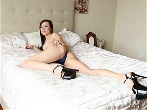 erotic honey Aidra Fox gagging on hefty stiffy