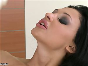 Aletta Ocean thumps her impressive frigs deep in her jummy hairless pussy