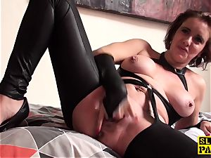 snatch munched brit mature thumbs her pussy
